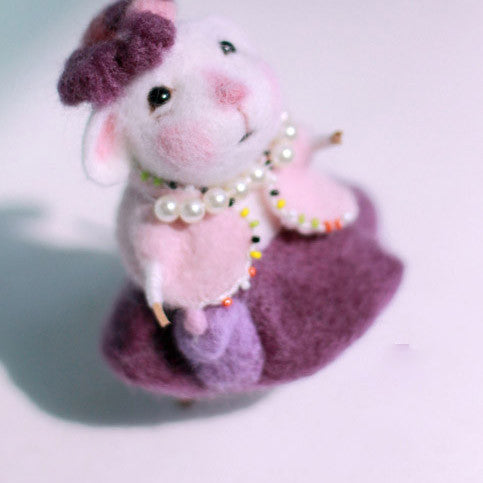 Needle Felted Felting project wool Animals Cute Mouse Grandma
