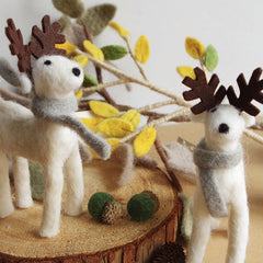 Needle Felted Felting project Animals Reindeer White Scarf Craft