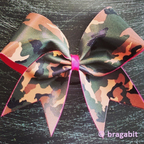 Camo cheer bow with pink ribbon. - BRAGABIT