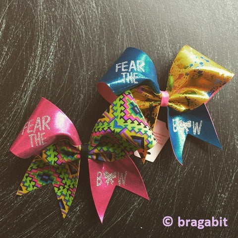 Multicolor cheer bow with glitter Fear the bow design. - BRAGABIT