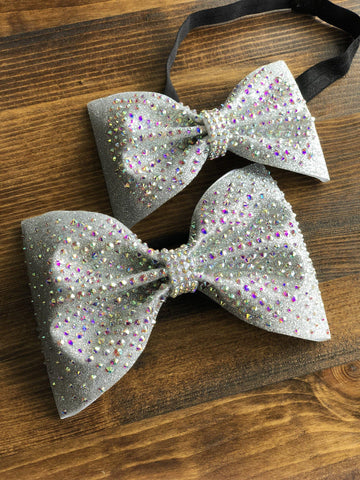 Tereza Tailless Bow