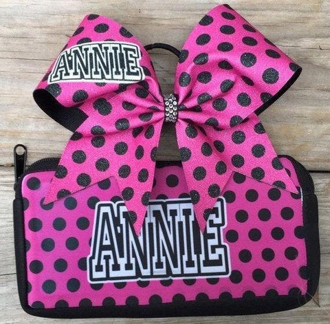 Set of makeup bag/ pencil pouch and a bow with your name.