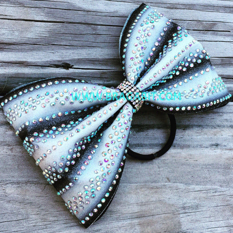 Ombré Tailless Bow.