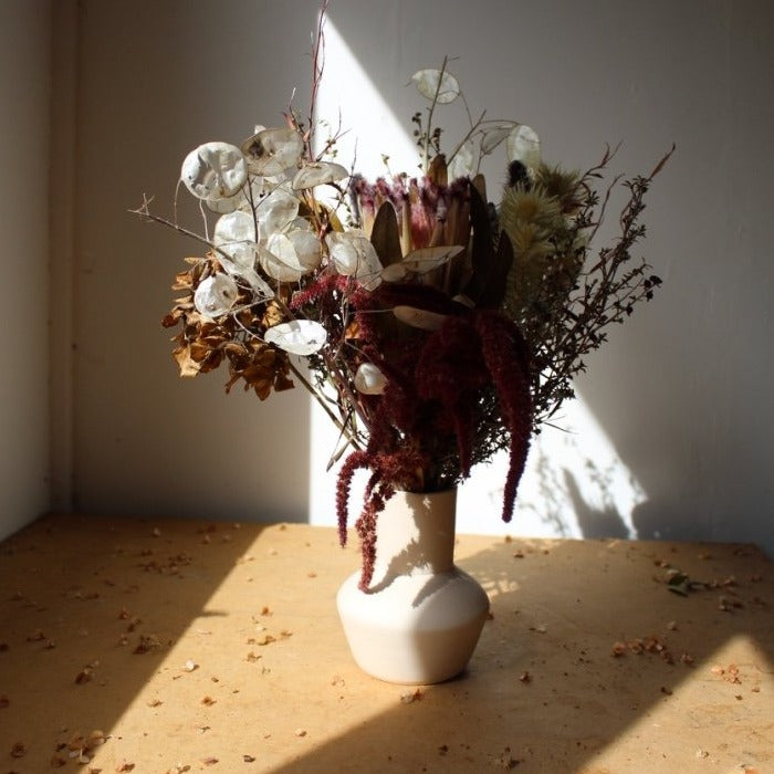 Dried flora in ceramics / PRE ORDER NOW