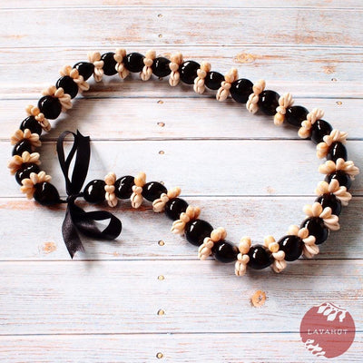 Cowry Seashell Black Kukui Nut Hawaiian Lei - Black - Lei