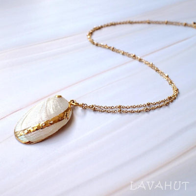 Creamy Mussel Seashell Hawaiian Pendant Necklace - White - Necklaces