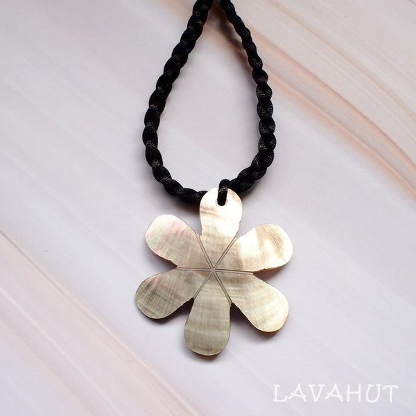 Tiare Mother Of Pearl Hawaiian Necklace - Bronze - Necklaces
