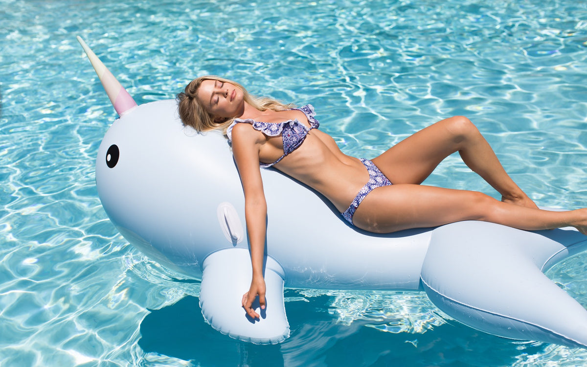 Giant Narwhal lounging - #GETFLOATY