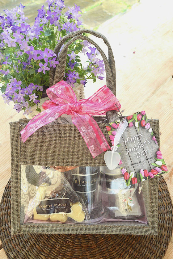 Luxury Coffee Chocolate and Cantuccini Mother's Day Gift Bag with mug