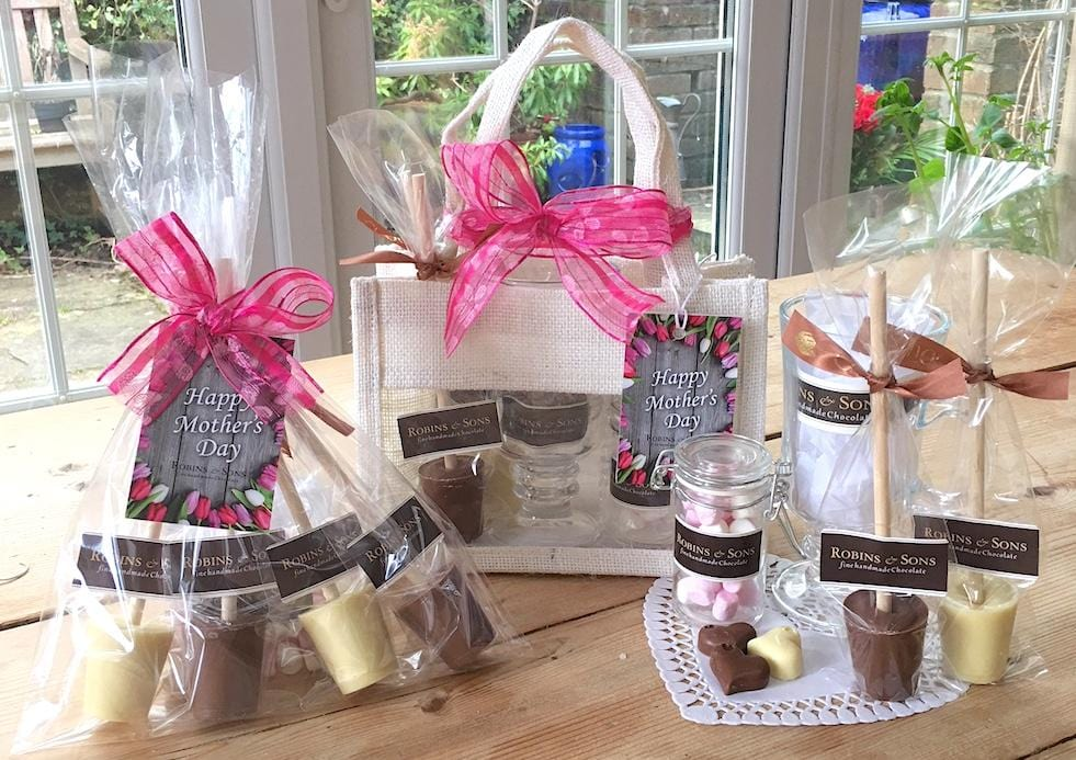 Luxury Hot Chocolate Stirrers set with Hot Chocolate Gift Bag with mug and marshmallows