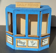 Load image into Gallery viewer, Newspaper Stand in 7mm