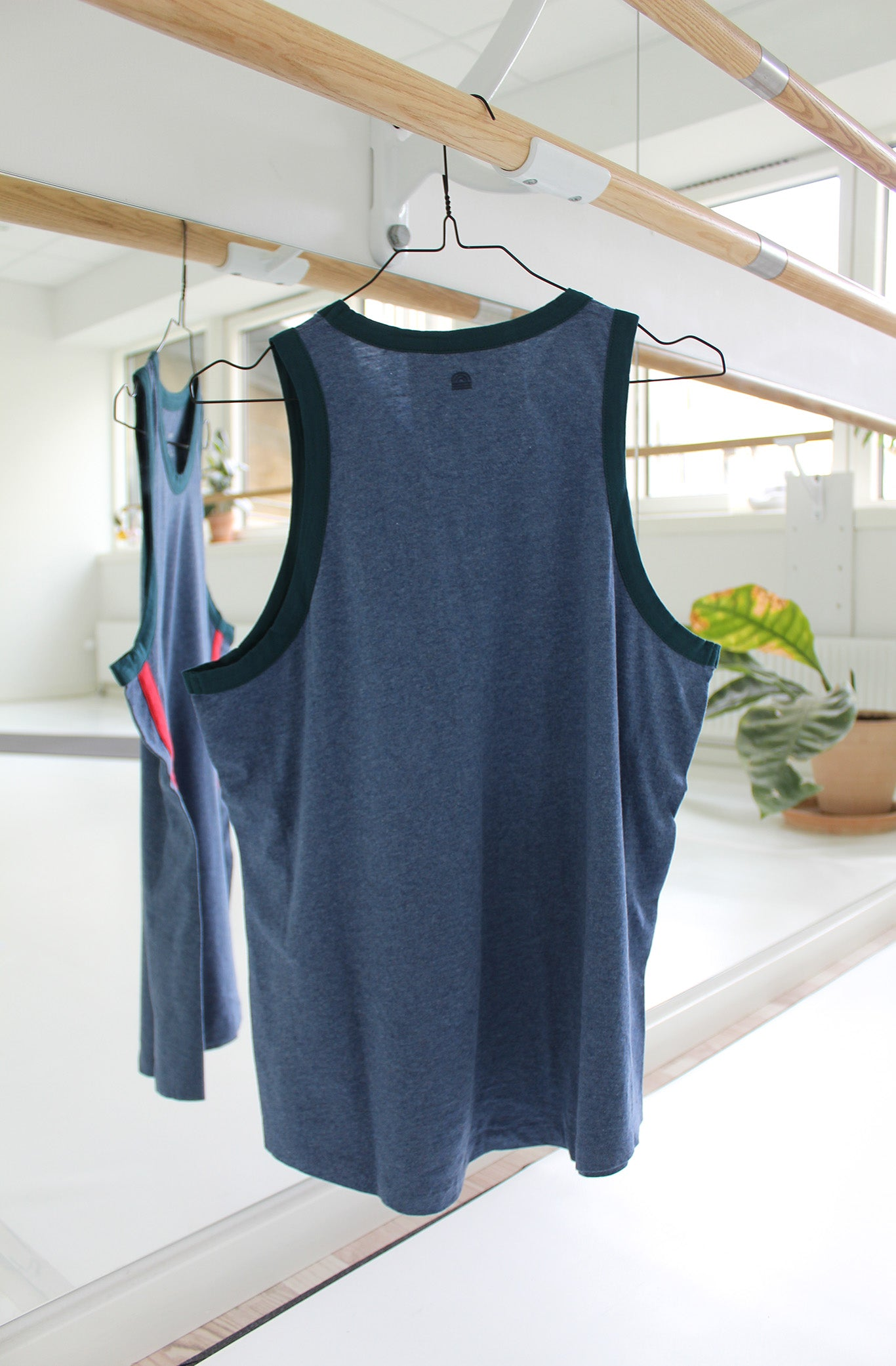 STRIPE TANK 2 - LNDR - BLUE