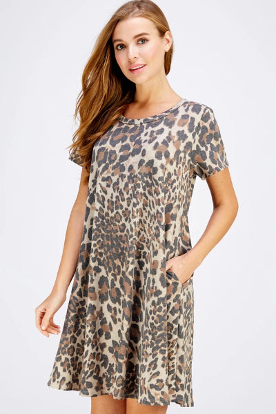 Plus Short Sleeve Leopard Print Pocket Dress - Free Souls Boutique