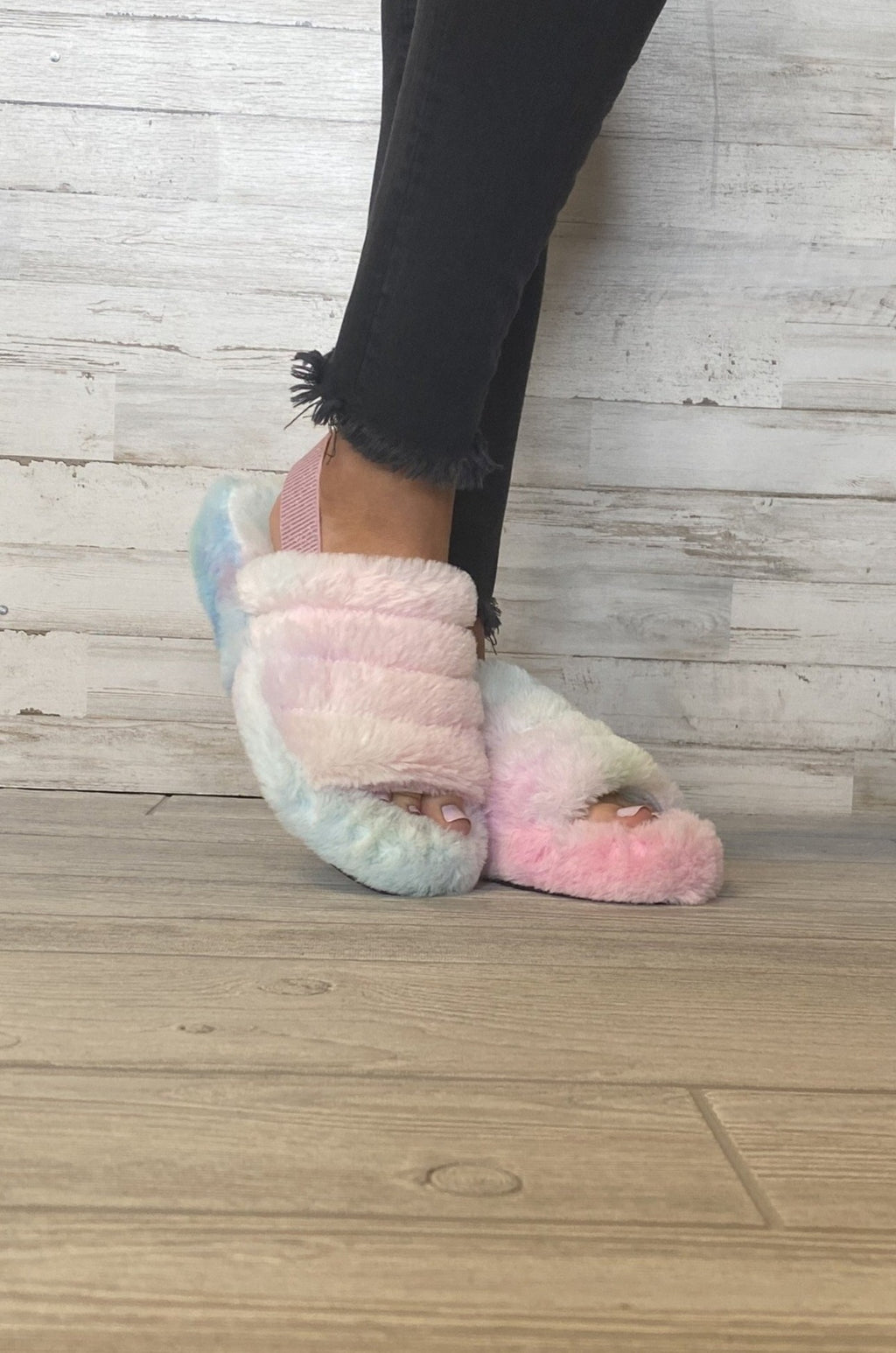 Mulfur Cotton Candy Fuzzy Slippers