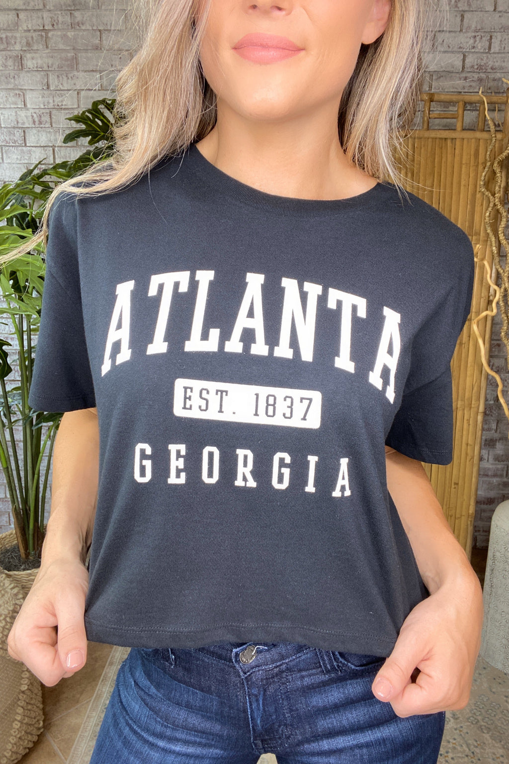 Cropped Atlanta Graphic Tee