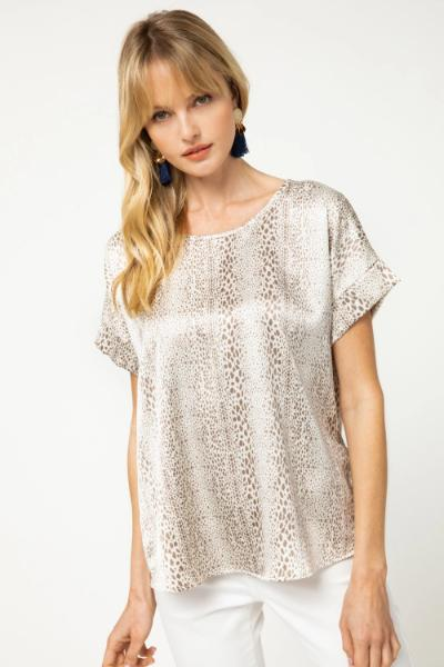Animal Speckle Roll Sleeve Top