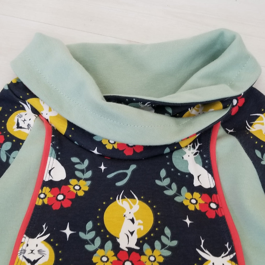 Women's Organic Cotton Pullover in Jackalope Print