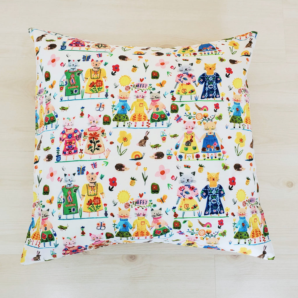 BFF's Organic Throw Pillow with Cats