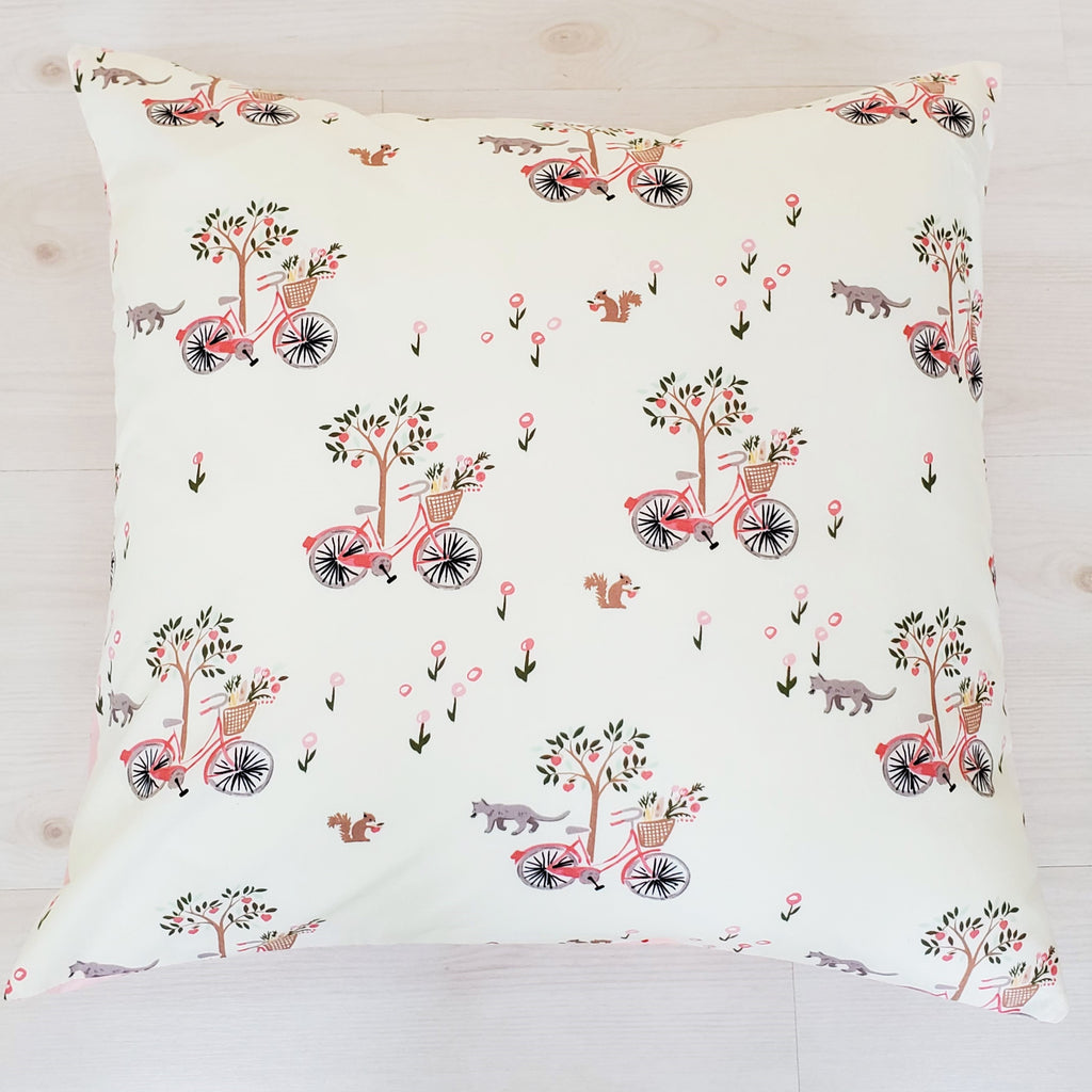 "Organic Throw Pillow Cover in ""Lazy Sunday"" Print"