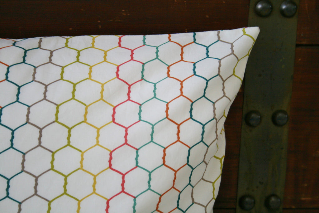 Organic Throw Pillow Cover - Farm Fresh - Chicken Wire