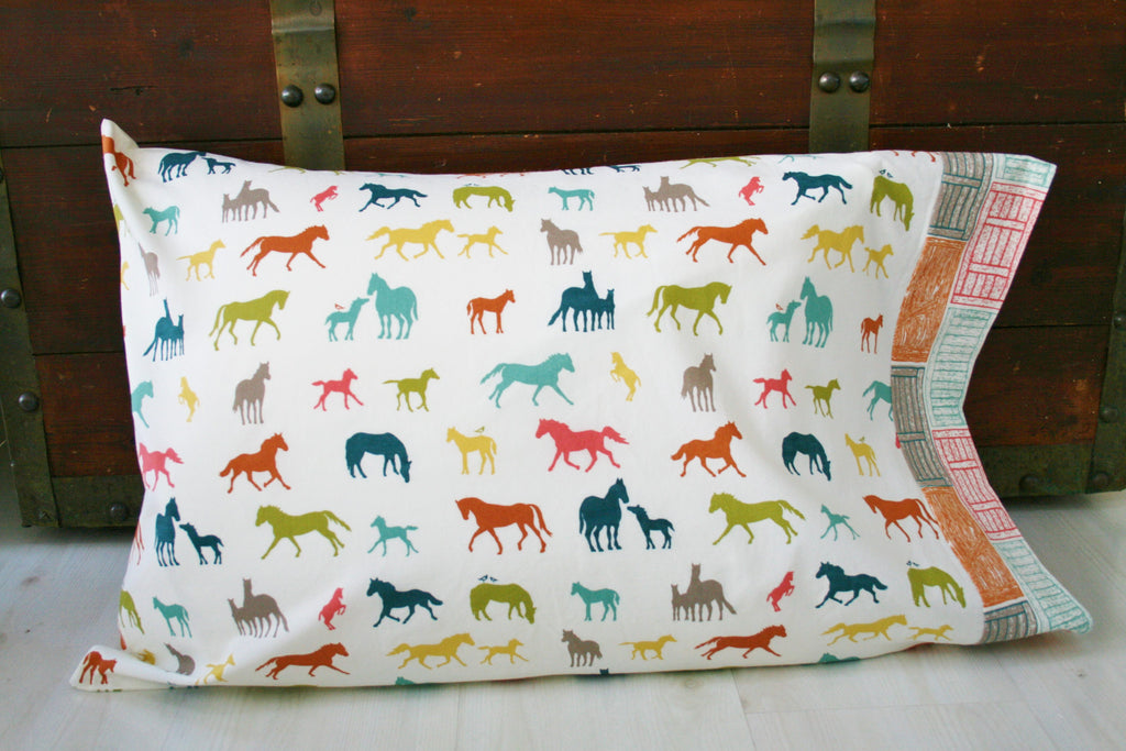 Organic Standard Pillowcase - Farm Fresh Collection - Horses, Dogs, Cats & Farm Animals