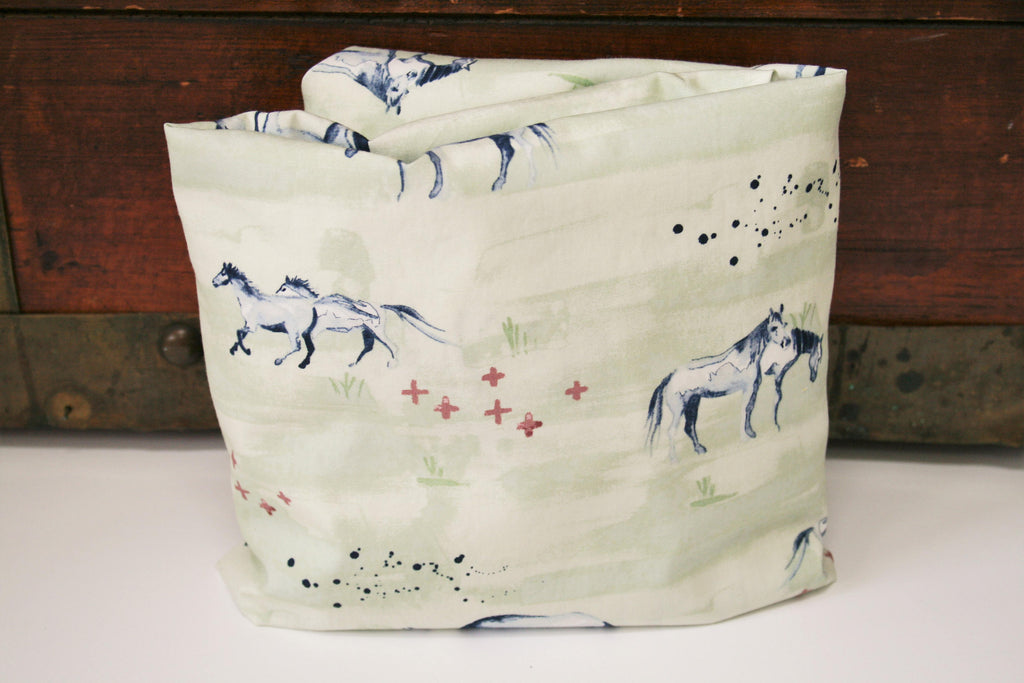 Organic Crib Sheet, Mini Co-Sleeper, Co-Sleeper, Pack n Play, Mini Crib, Fitted Crib Sheet, Organic Toddler Sheet, Wanderlust, Horses