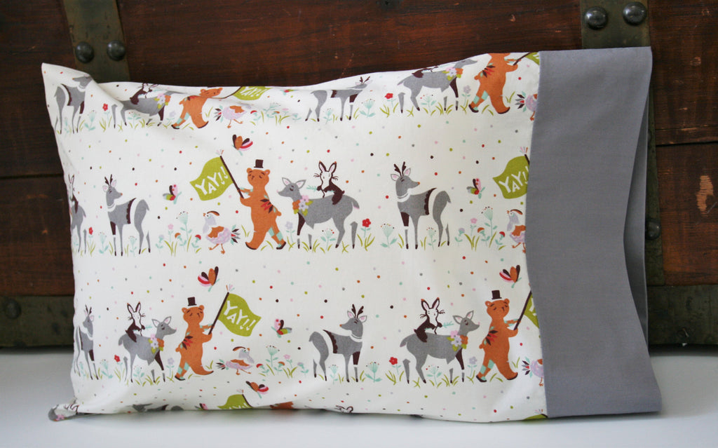 Organic Toddler Pillowcase, Organic Travel Pillowcase, Kids, Pillow case, Todder Bedding, Deer, Bears, Bunnies, Chickens, Ready To Ship