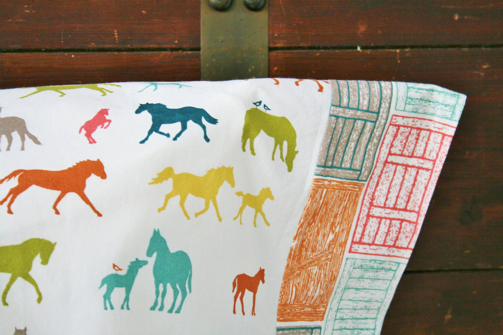 Organic Pillowcase - Organic Standard Pillowcase - Barn Doors - Horses