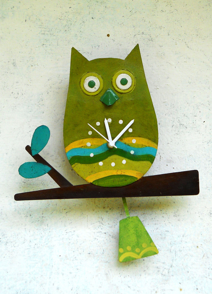 """Green Owl Wall Clock"""