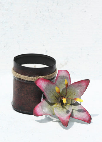 """Spice Tin with Lily Lid Pink(Small)"""