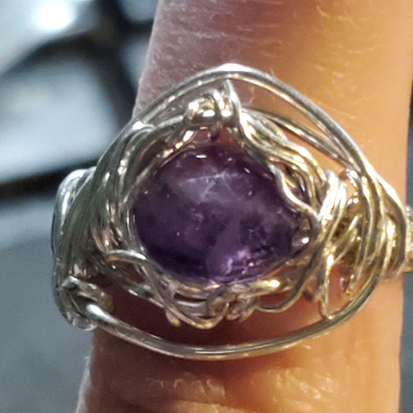 Amethyst Soft Triangle ring ETC60