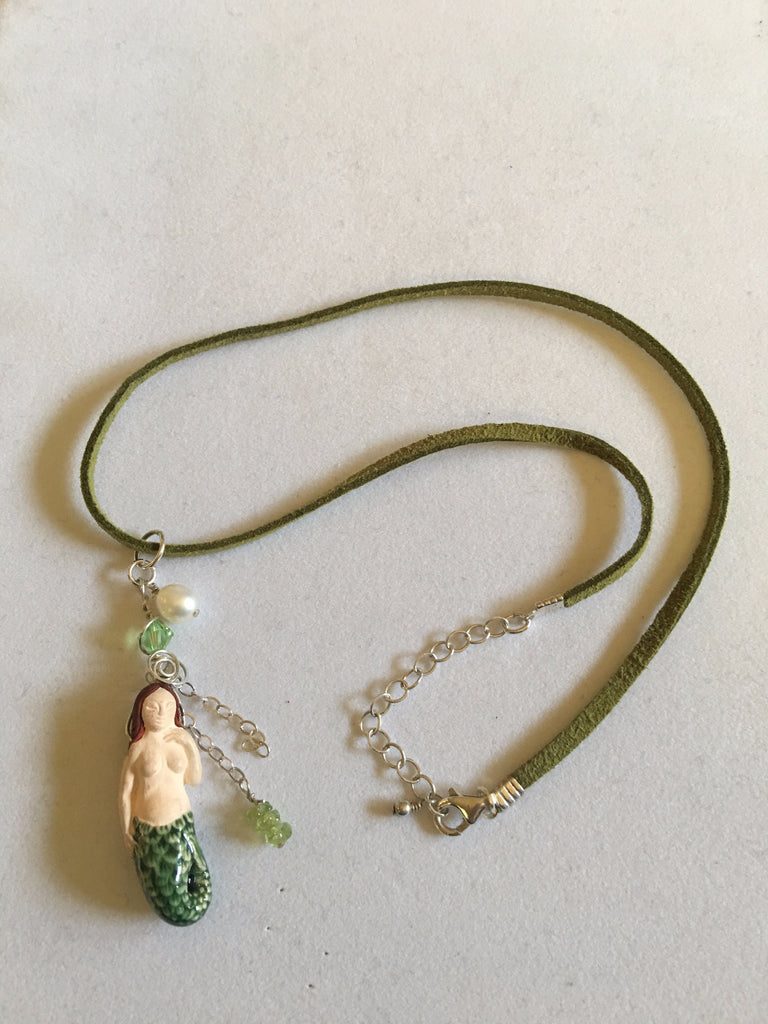 Mermaid Necklace N17-8 with Green Crystal