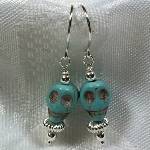 Creepy skull Earrings E90 Great for Halloween!