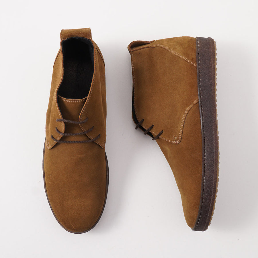 Kiton Suede Chukka Sneaker in Tobacco Brown