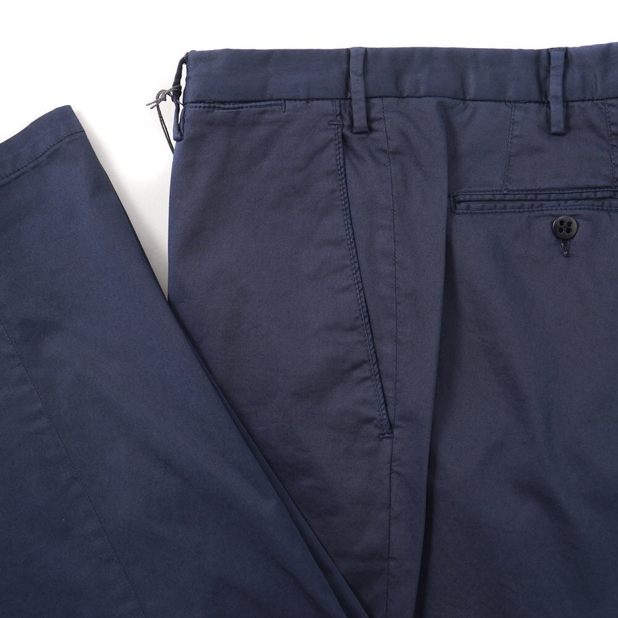 Boglioli Slim-Fit Cotton Chinos in Medium Navy Blue