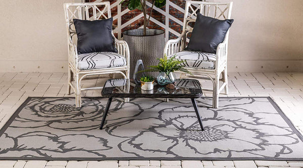 7174 Gray Outdoor-Indoor Floral Area Rugs