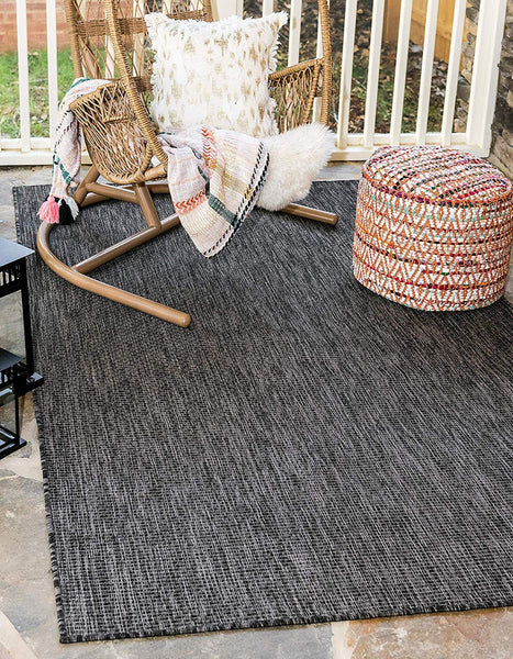 7192 Black Solid Color Indoor-Outdoor Area Rugs