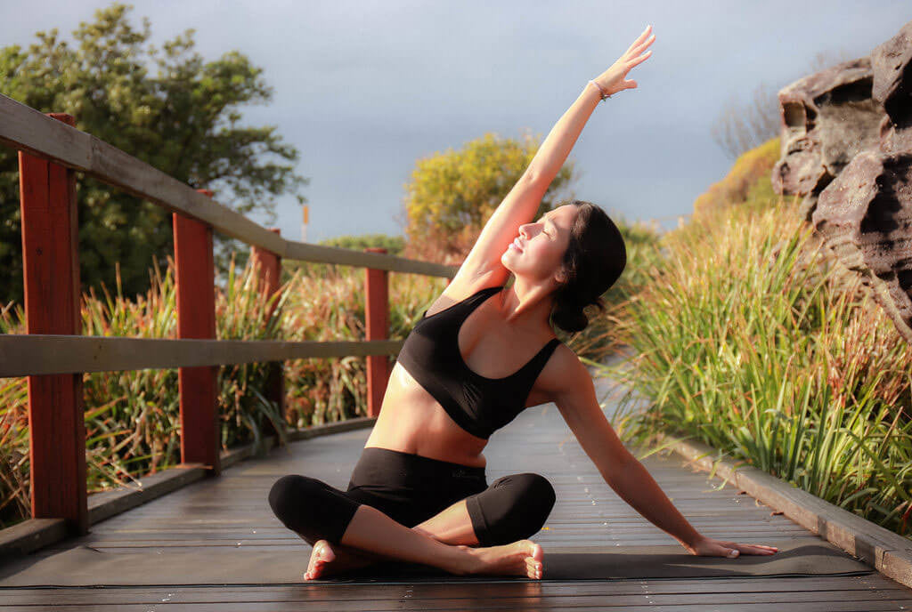 Parsva Sukhasana (seated side bend) | Boody Bamboo Eco Wear Blog