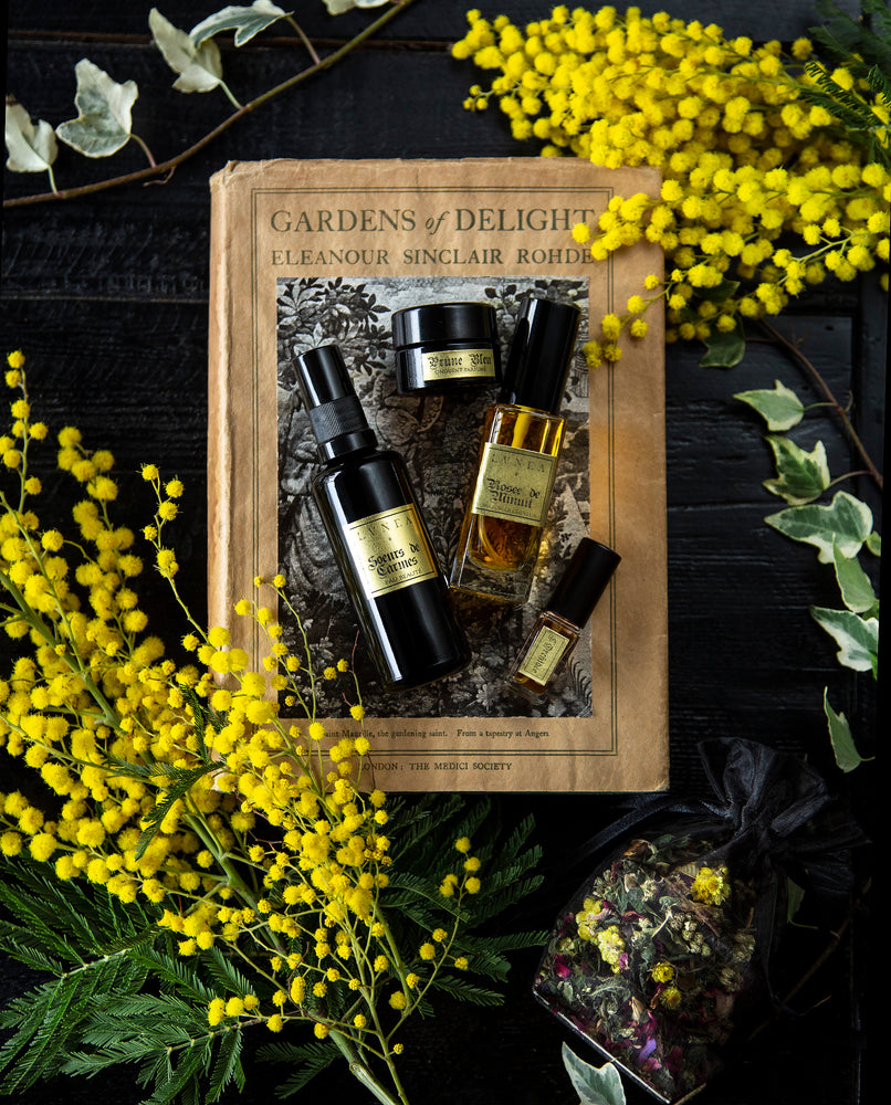 Aphrodite's Garden of Aromatic Delights - Limited Edition Amatory Box