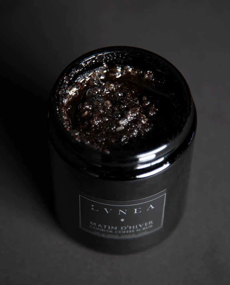 Lvnea - Conifer Coffee Scrub - Matin d'Hiver - Apothecary - Seasonal - Natural Perfume