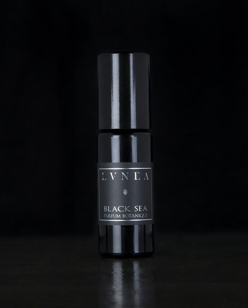 LVNEA - Natural Perfume - Black Sea - Botanical Oil