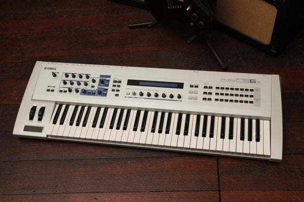 Yamaha CS6X Synthesizer Keyboard Workstation Pre-Owned
