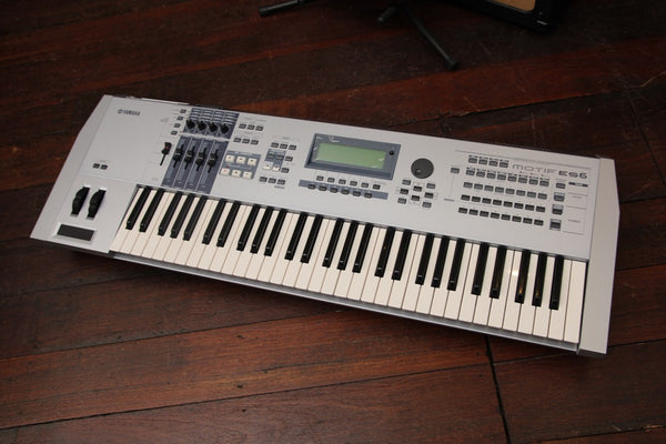 Yamaha Motif ES6 Synthesizer Keyboard Workstation Pre-Owned