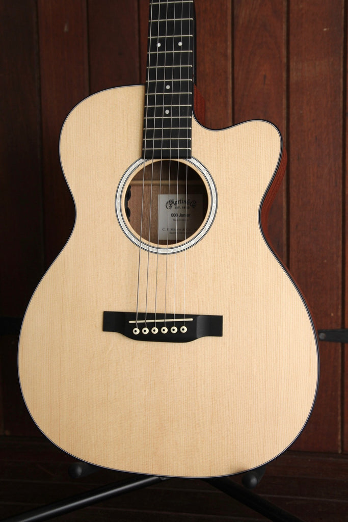 Martin 000CJR-10E Junior Cutaway Acoustic-Electric Guitar