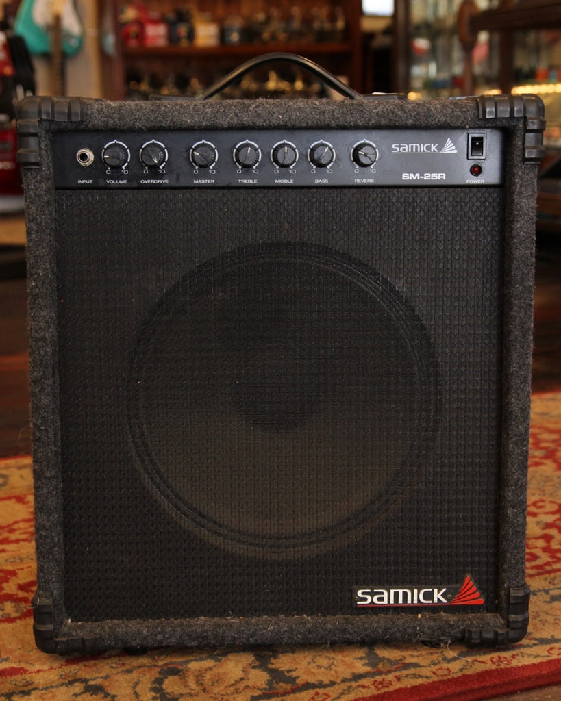 Samick SM-25R Guitar Amplifier 25 Watts Pre-Owned
