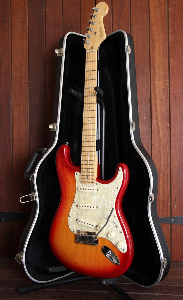 Fender Stratocaster 60th Anniversary USA Deluxe Aged Cherry Burst Pre-Owned