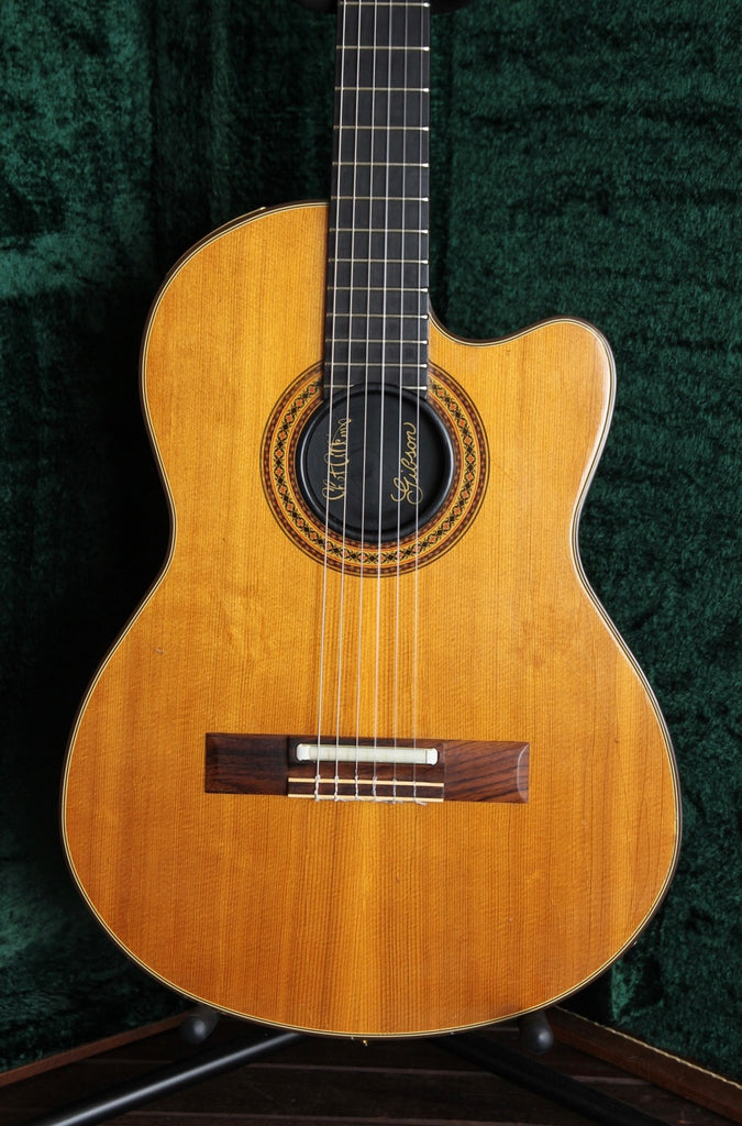 Gibson Chet Atkins Electric Nylon String Guitar 1982 Pre-Owned