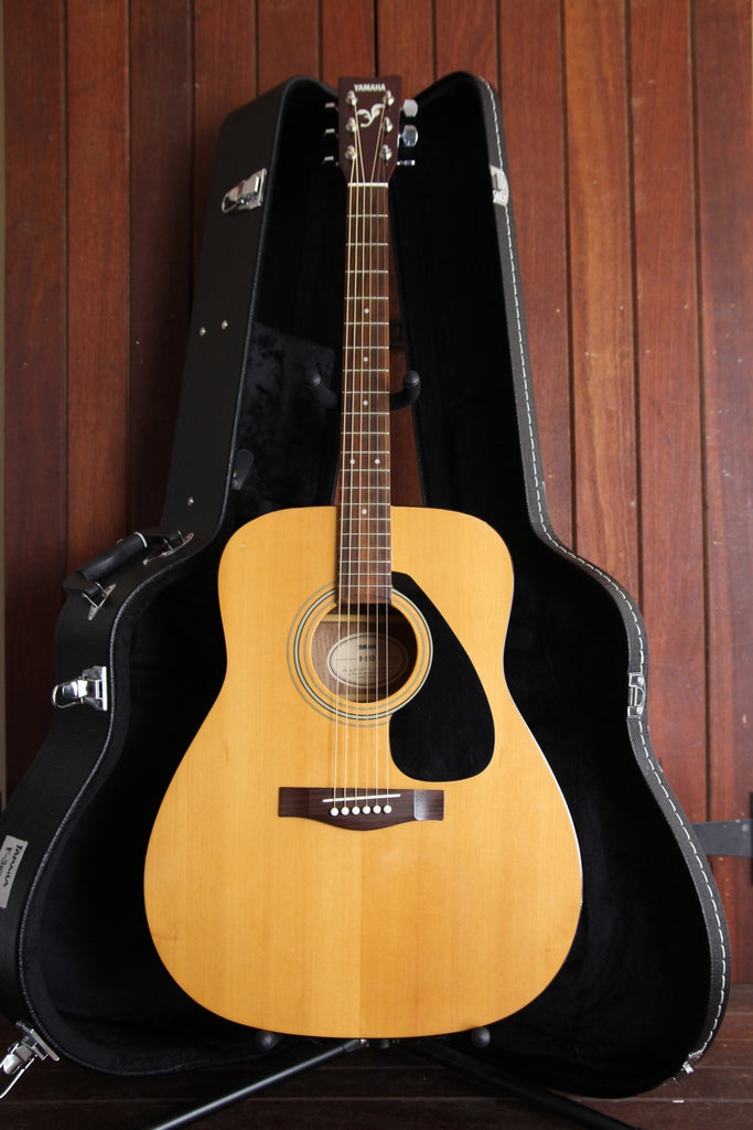 Yamaha F-310 Dreadnought Acoustic Guitar Pre-Owned