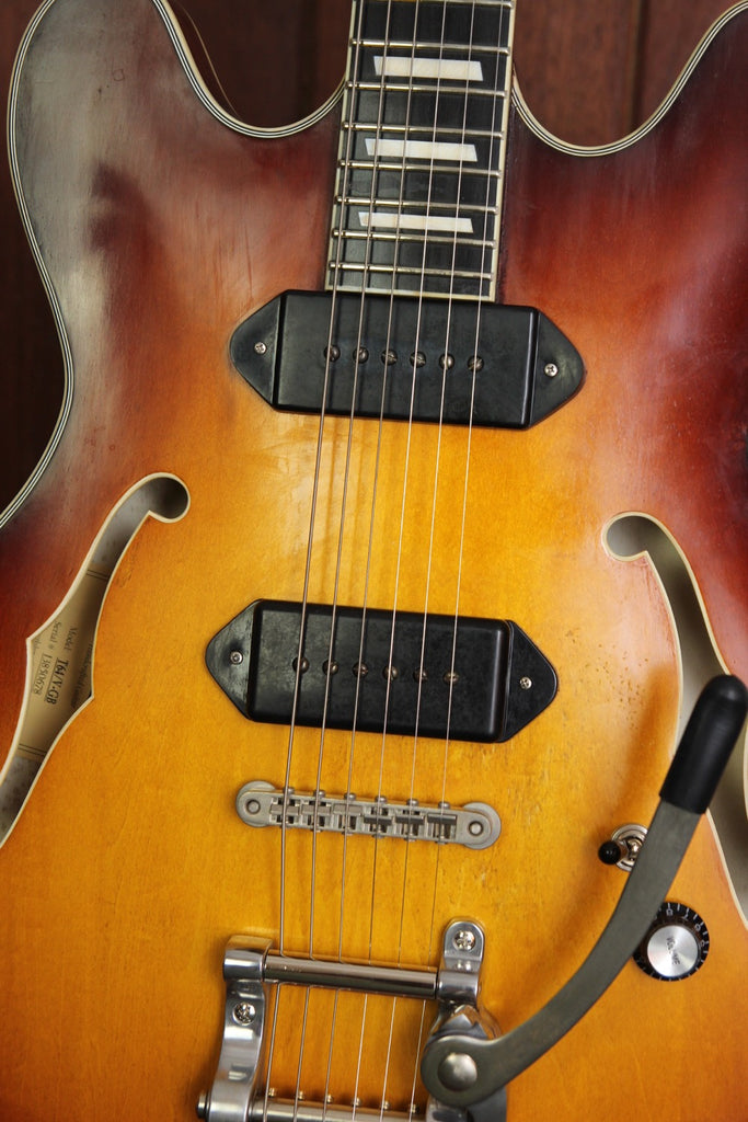 Eastman T64/v-GB Hollowbody Electric Guitar Gold Burst Aged