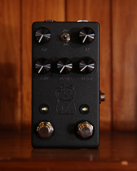 JHS Lucky Cat Delay Pedal Black